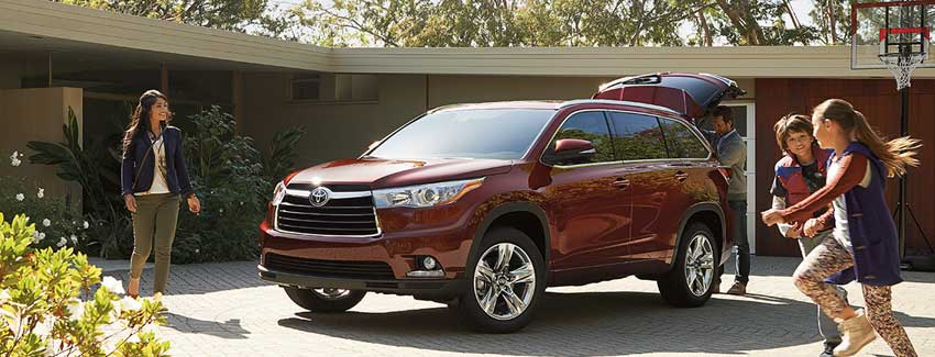 Toyota 2016 Models >> Toyota Models Perfect For Families Safe Family Cars